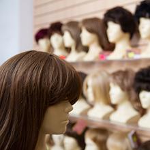 Парик из искусственных волос по цене от 1000 руб. | LaNord.ru